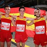 Men - 10 km Junior - Spanish Team celebrate the gold